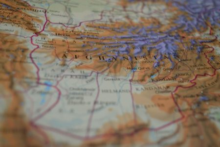 Afghanistan : contre les talibans, l'urgence d'une solution politique internationale et démocratique